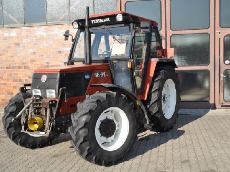 Fiatagri 88-94 DT A Traktor - technikboerse.com