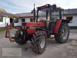 Traktor Case IH 933