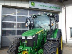Traktor John Deere 5090 R