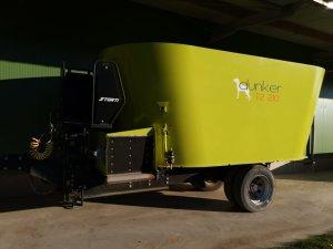 Futtermischwagen Storti Dunker T2