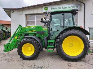 Traktor John Deere 5100 R / 5100R *Mietmaschine*