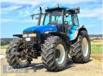 Traktor des Typs New Holland TM 155 in Rottenburg