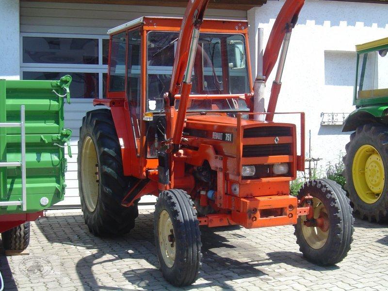 renault 751 mit frontlader traktor. Black Bedroom Furniture Sets. Home Design Ideas