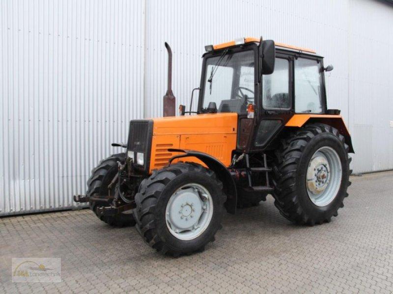 belarus 820 allrad traktor. Black Bedroom Furniture Sets. Home Design Ideas