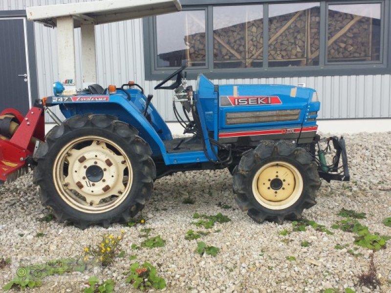traktor iseki landleader 247. Black Bedroom Furniture Sets. Home Design Ideas