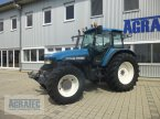 Traktor des Typs New Holland TM 165 in Salching bei Straubing