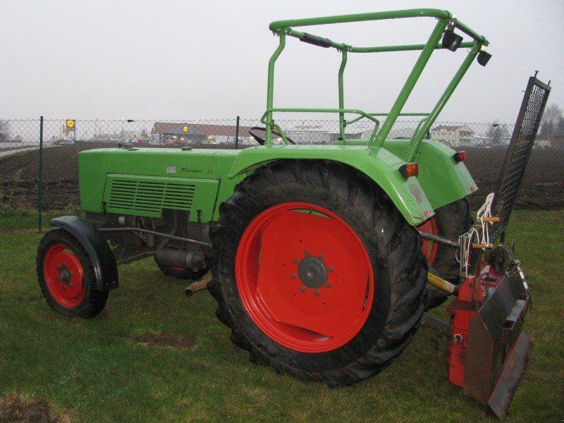 traktor fendt farmer 3s. Black Bedroom Furniture Sets. Home Design Ideas
