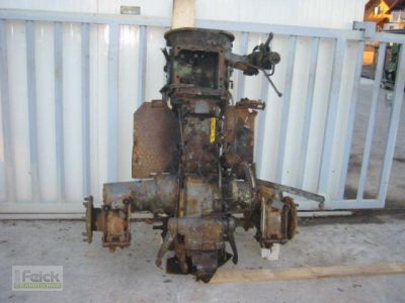 Gemeinsame Fendt Schaltgetriebe mit Hinterachse und Hydraulik Getriebe &amp &LP_32