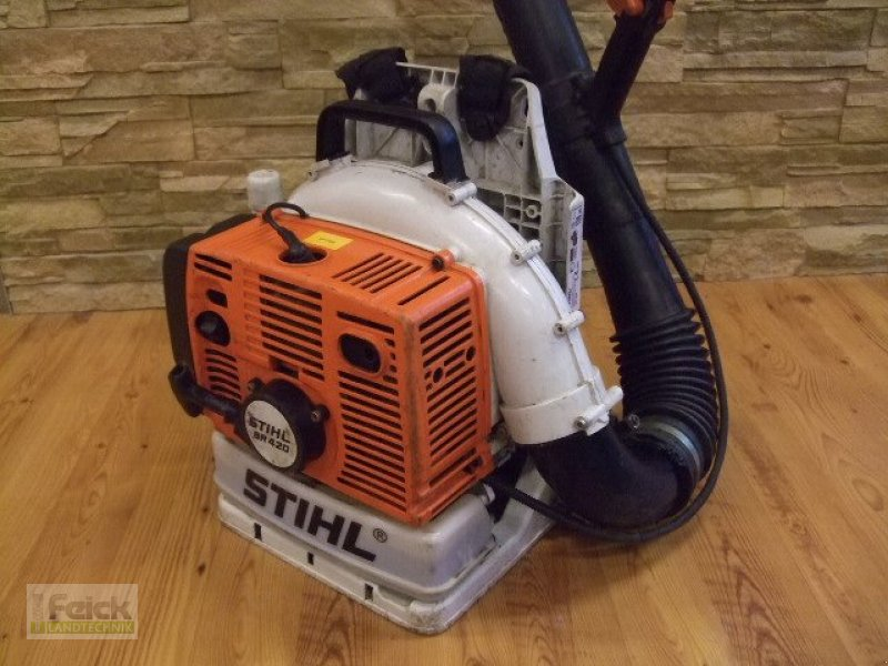 stihl br 420 aspirateur souffleur de feuilles. Black Bedroom Furniture Sets. Home Design Ideas