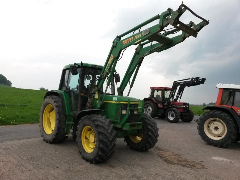 john deere 6410 mit frontlader traktor. Black Bedroom Furniture Sets. Home Design Ideas