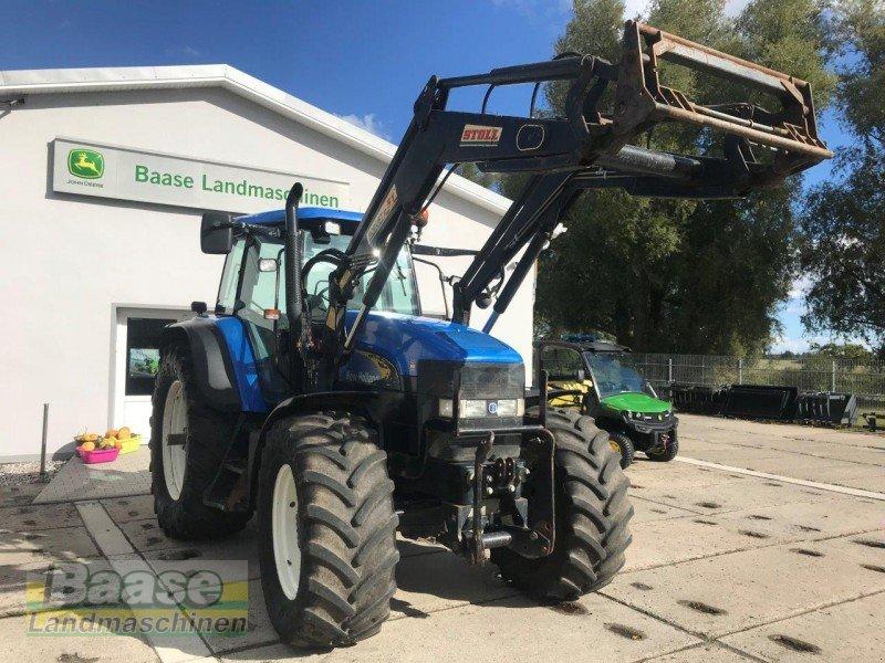 New holland tm mit stoll frontlader robust traktör