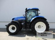 New Holland T7.235 Autocommand Traktor