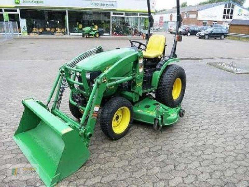 municipal tractor john deere 2520 kompakttraktor. Black Bedroom Furniture Sets. Home Design Ideas