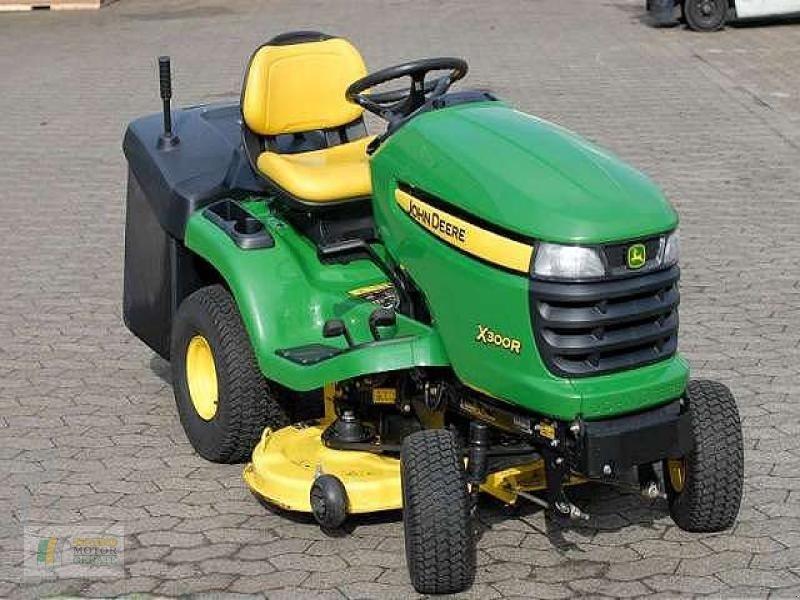 john deere x300r rasentraktor tracteur tondeuse. Black Bedroom Furniture Sets. Home Design Ideas