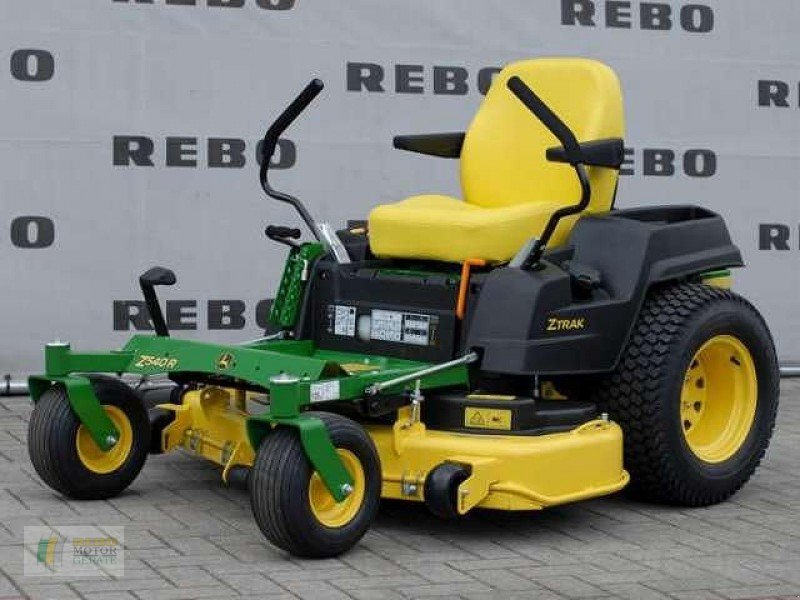 john deere ztrak z540r mit 122c rasentraktor 21423 winsen. Black Bedroom Furniture Sets. Home Design Ideas
