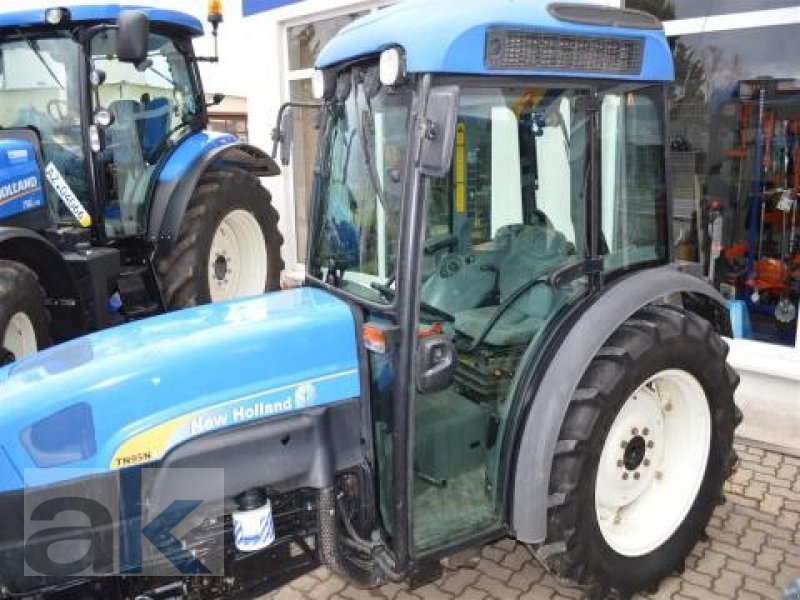 New Holland Orchard Tractors : New holland tn na orchard tractor technikboerse