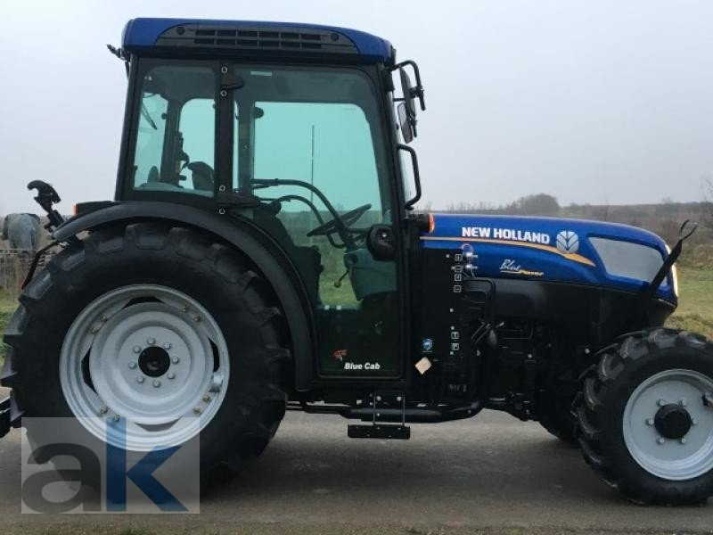 New Holland Orchard Tractors : New holland schmalspurschlepper t n orchard tractor