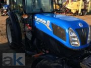 New Holland Schmalspurschlepper T4.105N Obstbautraktor