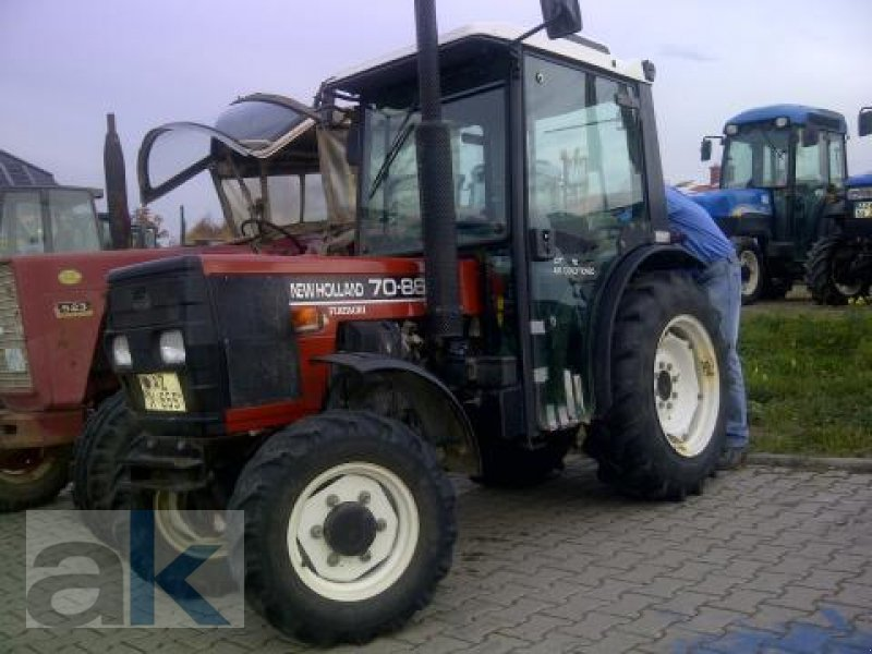 New Holland Orchard Tractors : New holland s orchard tractor technikboerse