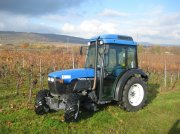 New Holland TNN65A Weinbautraktor
