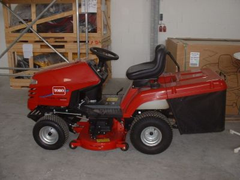 tracteur tondeuse toro dh 220. Black Bedroom Furniture Sets. Home Design Ideas
