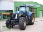 Traktor des Typs New Holland T8040 in Leubsdorf