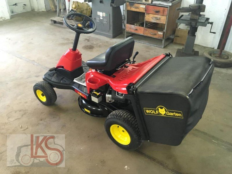 wolf scooter riding mower 04617 starkenberg. Black Bedroom Furniture Sets. Home Design Ideas