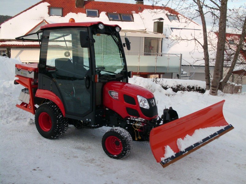 Kioti Tractors 2610 : Kioti cs municipal tractor bartholomä