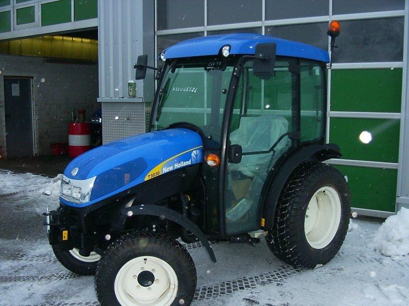 traktor new holland t3030. Black Bedroom Furniture Sets. Home Design Ideas