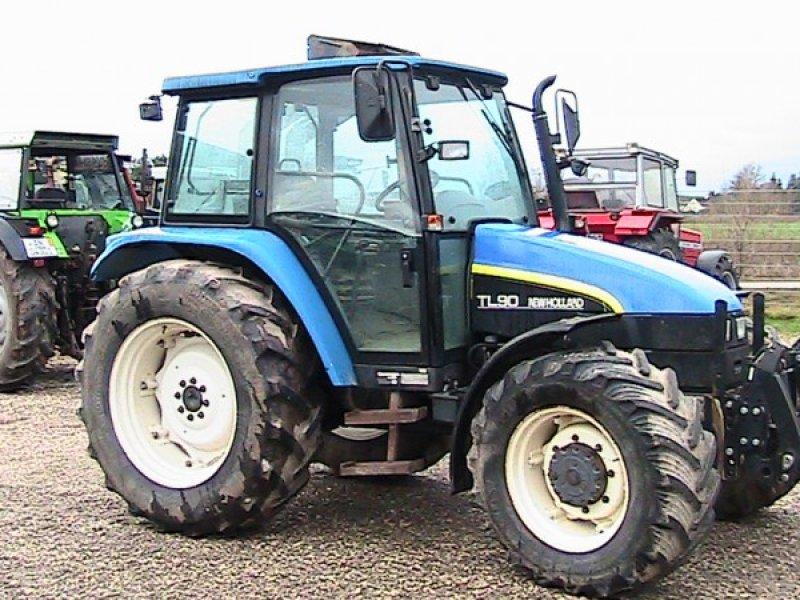 traktor new holland tl 90. Black Bedroom Furniture Sets. Home Design Ideas