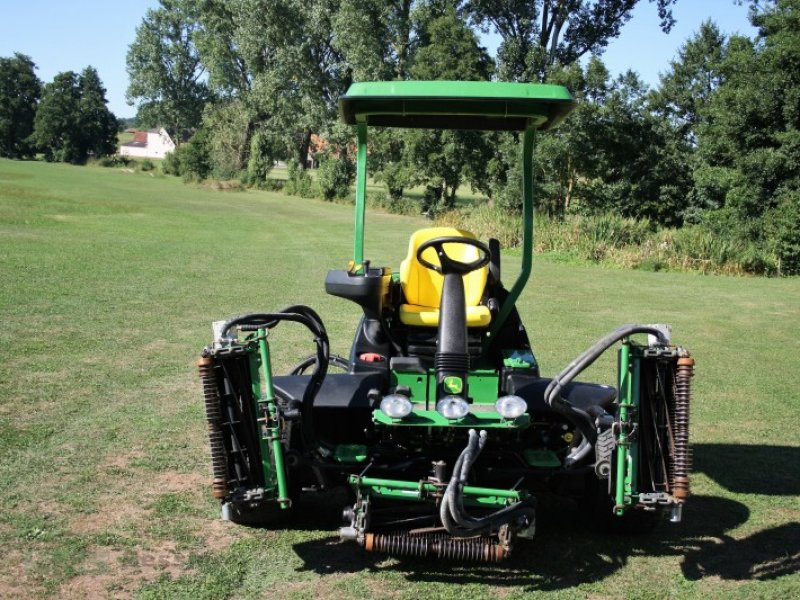john deere 7700 grossfl chenm her aufsitzm her rasenm her spindle mower. Black Bedroom Furniture Sets. Home Design Ideas