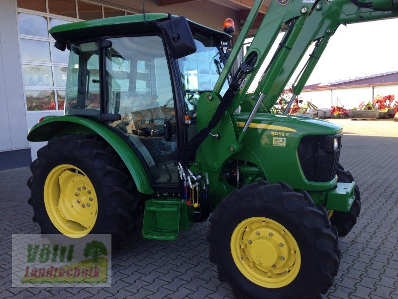 john deere 5055e allrad mit kabine frontlader traktor. Black Bedroom Furniture Sets. Home Design Ideas
