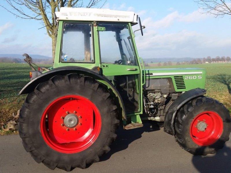 fendt suche 240 bis 280 s alles anbieten traktor 92717. Black Bedroom Furniture Sets. Home Design Ideas