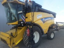 New Holland CX 5080 Mähdrescher