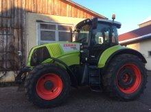CLAAS Axion 820 C-MATIC Traktor
