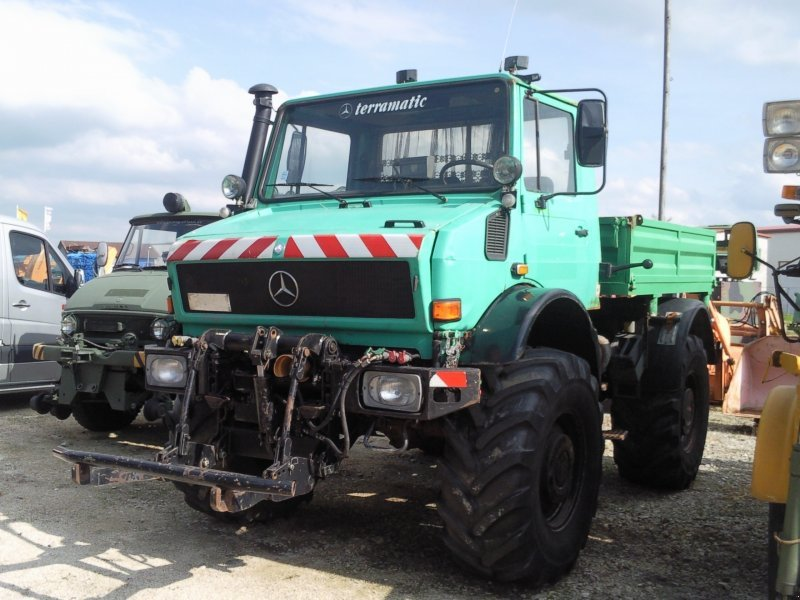 mercedes benz unimog 2100 agrar 437 unimog. Black Bedroom Furniture Sets. Home Design Ideas