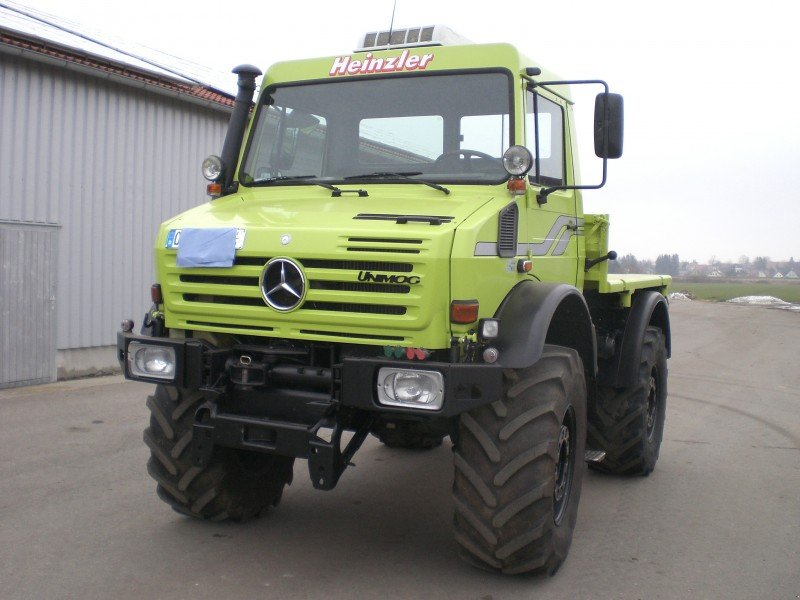 mercedes benz 2400 unimog. Black Bedroom Furniture Sets. Home Design Ideas