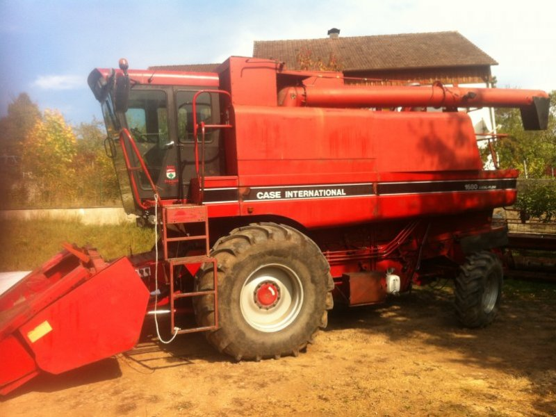 Case Ih 1680 : Case ih combine harvester technikboerse