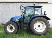 Traktor des Typs New Holland T5060 in Neukirchen